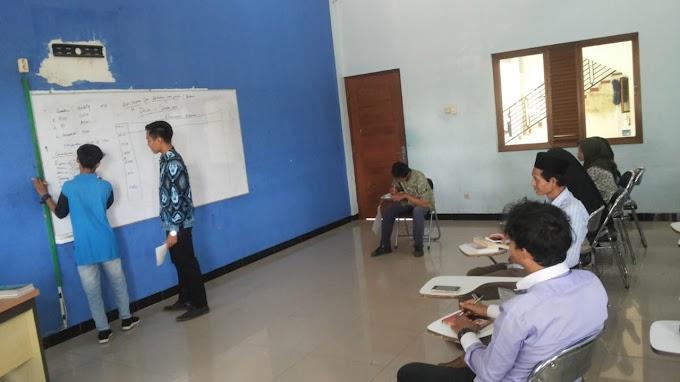 Simulasi Kuliah PRA: Melatih Skill Fasilitasi Mahasiswa PMI