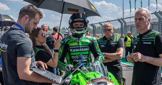 IDM: Nigon holt die Pole in Most für Kawasaki