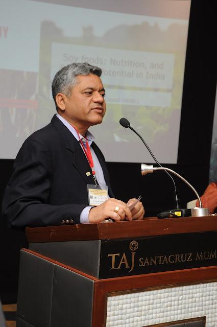Dr Ratan Sharma Director USSEC
