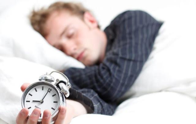 Cara mengatasi suami yang malas bangun pagi.