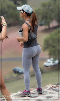 Mexicanas guapas nalgas pantalones yoga