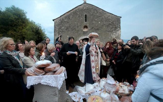 Παναγία Μεσοσπορίτισσα: Ένα έθιμο που «συναντά» την αρχαιότητα