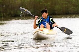 Torneio de Canoagem de Velocidade e Corrida de Canoa Caiçara revelaram potencial náutico do Mar Pequeno