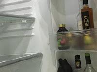 Ini Tanggapan Mengejutkan Pengacara Aa Gatot Soal Minuman Keras Berbagai Merek di Kulkas