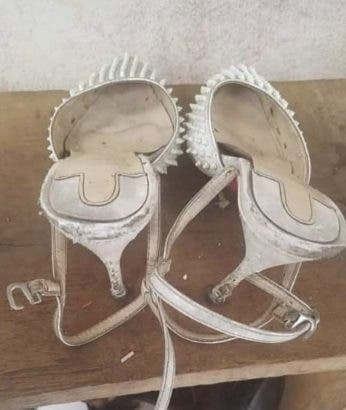 Lady shares the horrible shoes she received from giveaway (photos)
