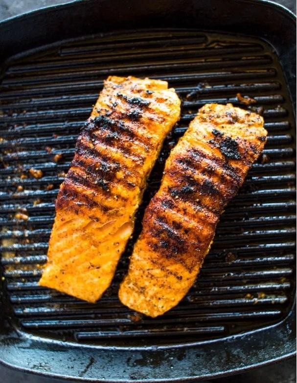 Low-Carb Salmon with Avocado Salsa