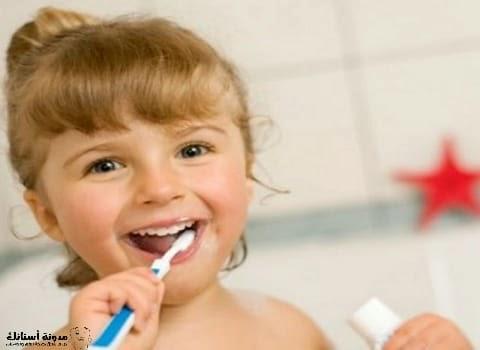 علاج الم الاسنان عند الاطفال في المنزل.