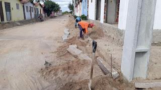 Em Baraúna, Gestão Municipal inicia pavimentação no Bairro Jardim Planalto