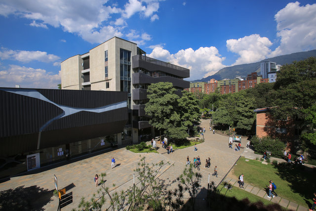 Especialización en gerencia de proyectos - Universidad EAFIT