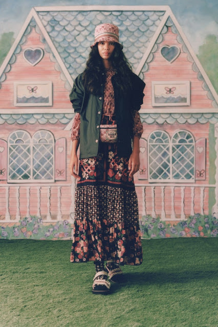 Anna Sui Spring Summer 2021 SS21 Presentation in New York by fashion blogger Kelly Fountain