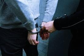 जौनपुर: 30 लाख की अवैध शराब के साथ तीन स्मगलर गिरफ्तार