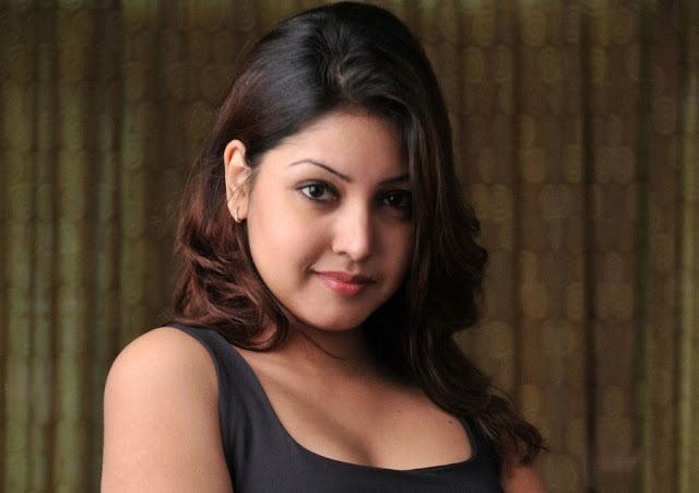 Komal Jha HD Wallpapers Free Download