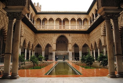 istana alhamra di andalusia/spanyol