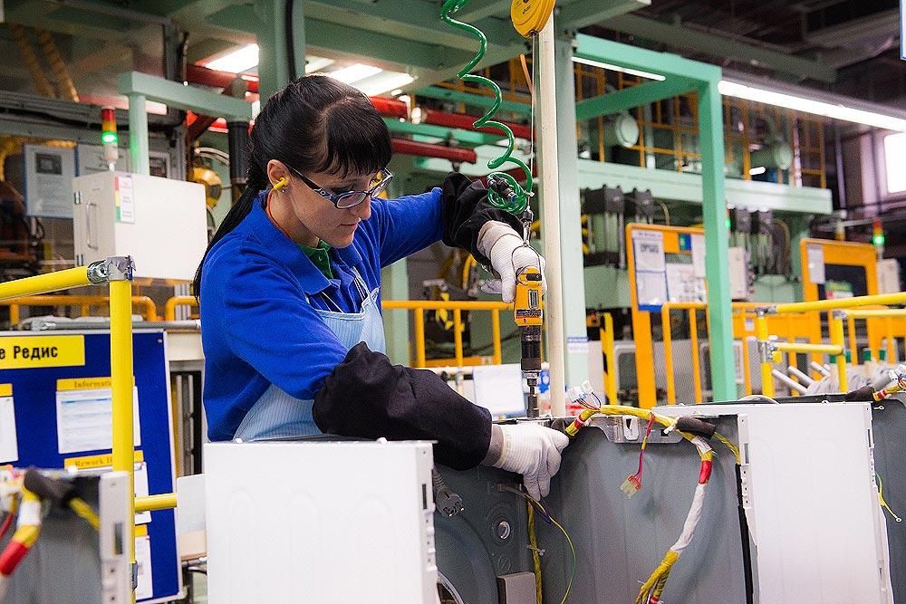 Польша работа на конвейере порядок монтажа ленточного конвейера