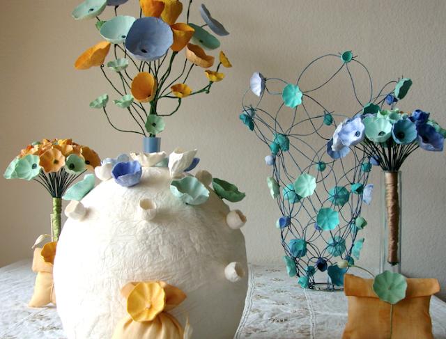 Matrimonio a tema Van Gogh: centrotavola , bouquet di fiori di carta, allestimenti
