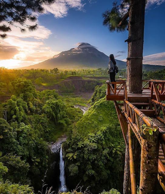 Spot Wisata Sunrise Terbaik Di Magelang -  Sunrise di Air Terjun Kedung Kayang