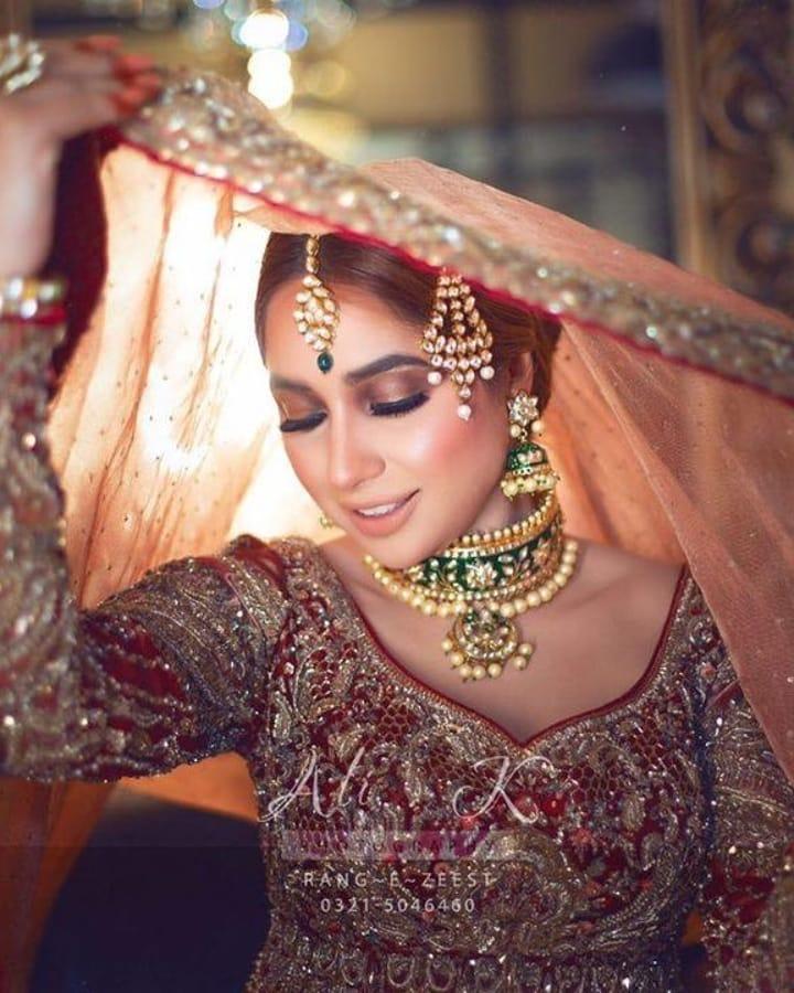 Actress Sabeena Farooq bridal shoot