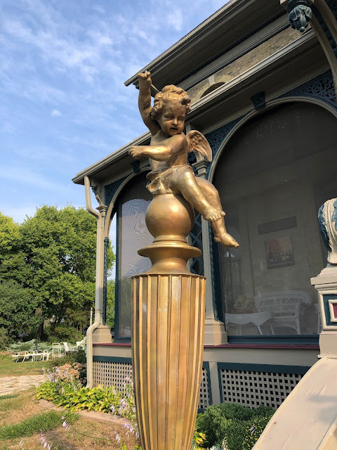 Golden cherubs joyfully greeted us as we entered the Guardian Angel Bed and Breakfast in Janesvillle, Wisconsin.