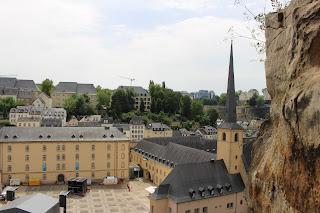 http://ifollow-thesun.blogspot.de/2017/10/reisebericht-kurztrip-nach-luxemburg.html