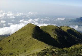 Jalur Pendakian Gunung Merbabu