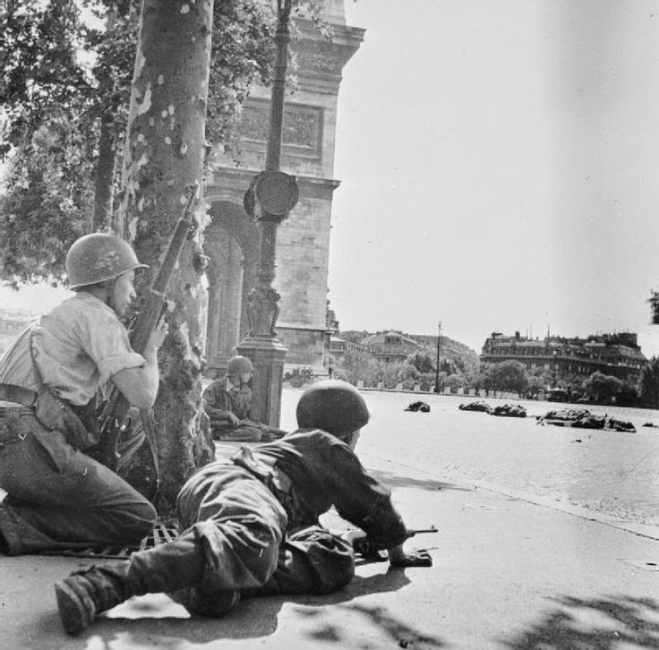 Liberation_of_Paris_world_war_two_filminspector.com_19.jpg