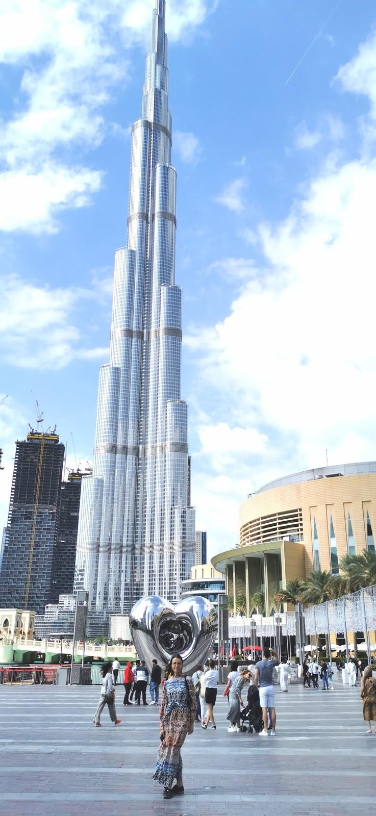 Dubain ostokset ja nähtävyyde
