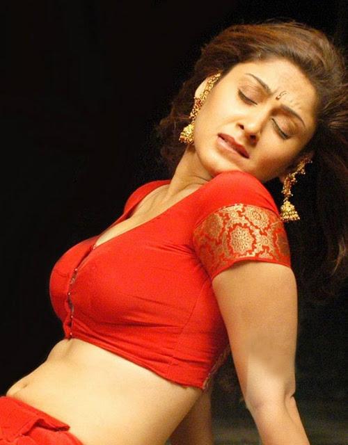 Manjari-Phadnis-Indian-Actress