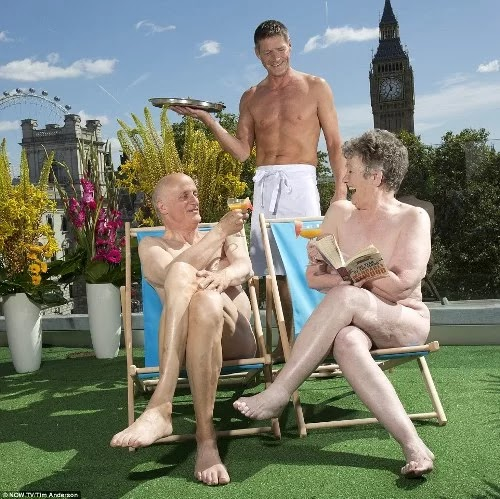 The first nude solarium in London