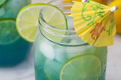 Mermaid Water Rum Punch #freshdrink #cocktail