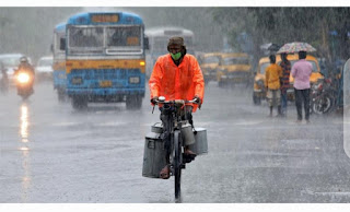 India experiences economic storm and boom in demand for bicycles as people shun public transport