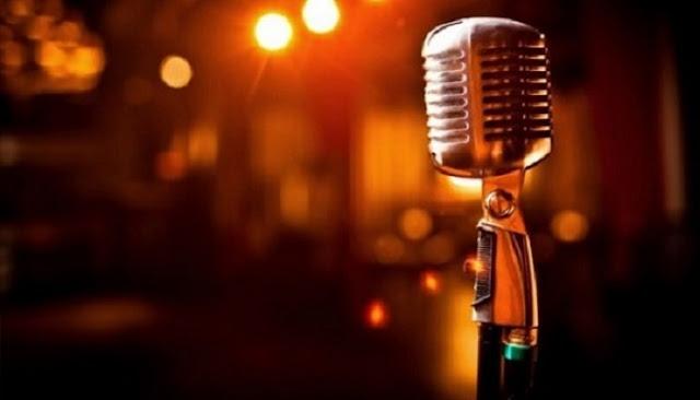 Αύγουστος, Νίκος Παπάζογλου: Η ιστορία πίσω από τραγούδι