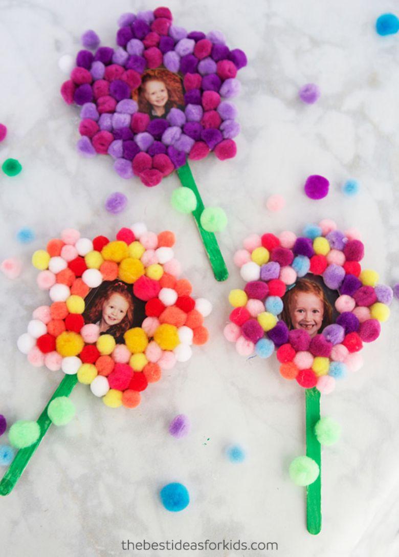 pom pom photo flower craft
