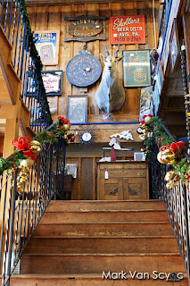 antique market stairs