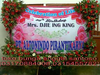 bunga papan ucapan banner untuk ulang tahun