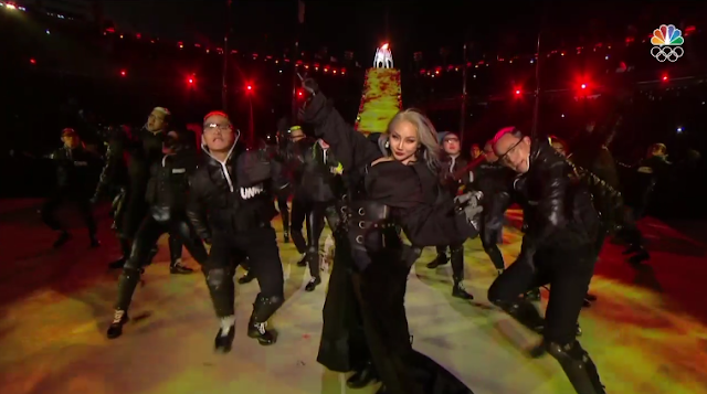 PyeongChang 2018 Winter Olympics Closing Ceremony CL The Baddest Female posing