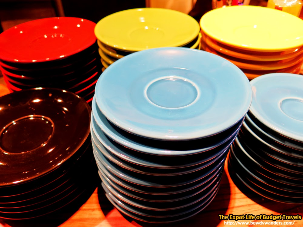 bowdywanders.com Singapore Travel Blog Philippines Photo :: Singapore :: Rouse Café, Dunlop Street