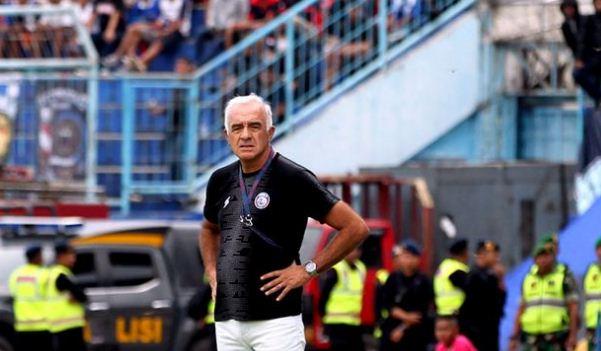 Ditinggal Mario Gomez dan Bauman, Arema FC 'Santuy'
