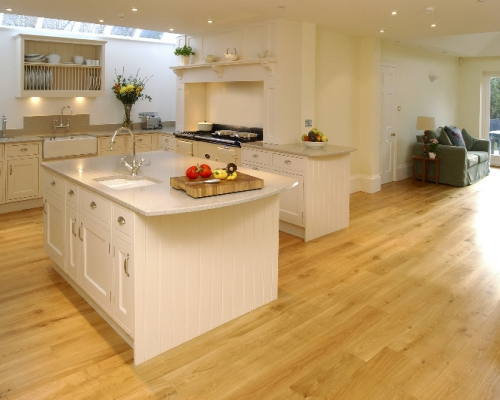 sàn gỗ sồi cho khngo gian phòng bếp sang trọng