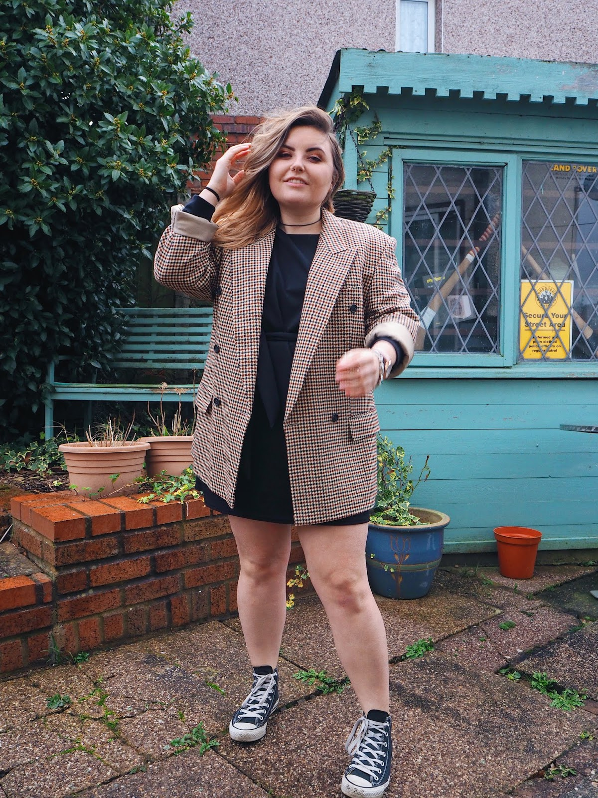 Styling a Jumper dress with Femme Luxe - See The Stars