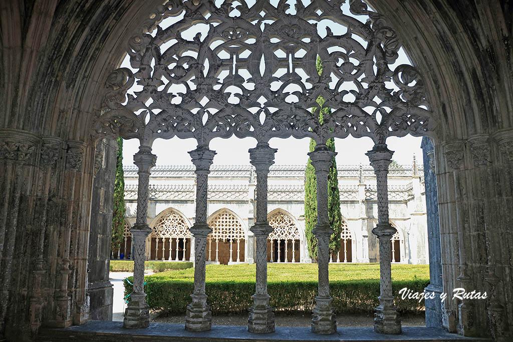 Detalle del Claustro real del Monasterio de Batalha, Portugal