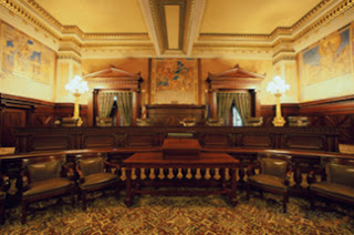 Pennsylvania Supreme Court Room - Source: http://www.bop.pa.gov/PublishingImages/supreme-court-harrisburg-pennsylvania-usa.jpg