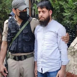 journalist-arrest-with-hand-granade