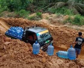 Parah..!! Jalan Di Kecamatan Bahar Selatan Muaro Jambi Hancur dan Berlubang