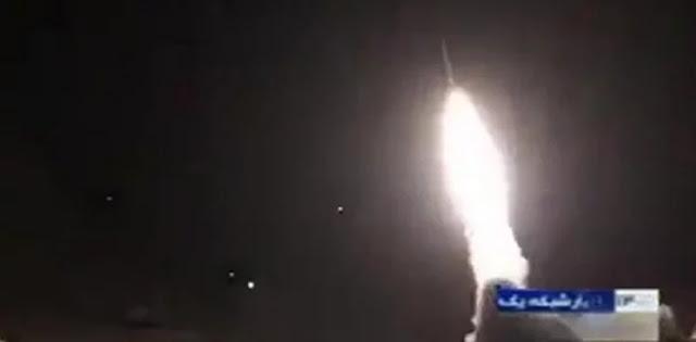 Roket Hantam Dua Lokasi Pasukan AS Di Irak, Pejabat Iran: Ini Baru Tahap Pertama