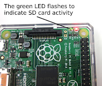 raspberry pi 3 green status led