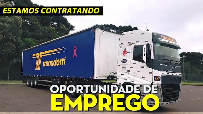 Transportadora Transdotti abre vagas para motorista carreteiro