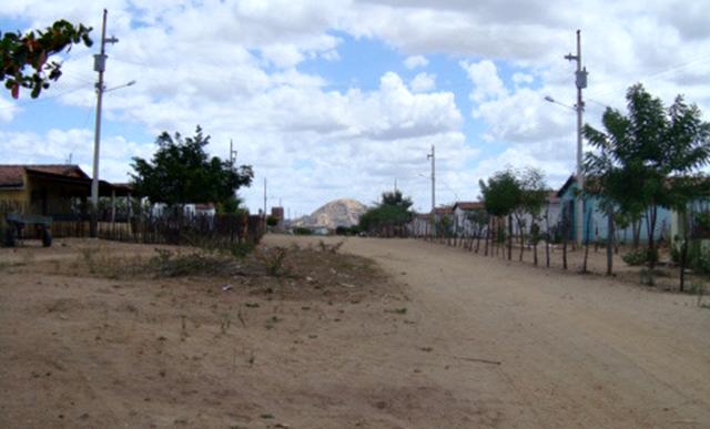 Homem é ferido em tentativa de assalto na estrada do Sítio Campo Comprido, Zona Rural de Patos na noite desta segunda 01/06