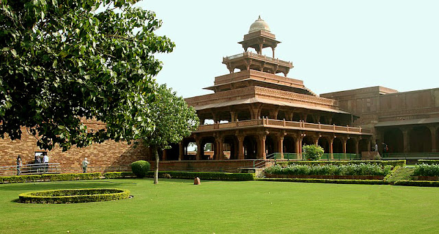 10 Places You Should Never Miss in Fatehpur Sikri, fatehpur sikri agra