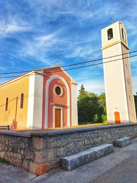 kościół w Seline, okolice Zadaru, wyspa Pag