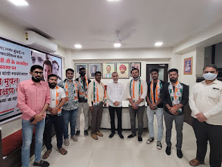 समर्थकों के साथ कांग्रेस में शामिल हुए एड. विशाल यादव    #NayaSaberaNetwork